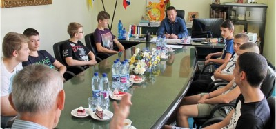 Mladí volejbalisti skončili sezónu stretnutím s primátorom